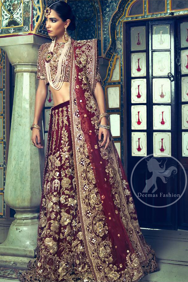 This outfit is meticulously highlighted with antique shaded kora dabka, tilla, sequins and swarovski. This dress is beautifully sculptured with floral embroidery. Shirt is fully embellished. It is artistically coordinated with embellished lehenga. Lehenga is enhanced with floral motifs and fully fully embellished with kora dabka embroidery. It comes with chiffon dupatta, having four sided embellished border and sprinkled with sequins all over it.